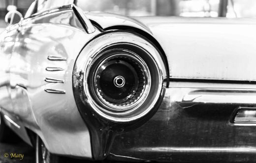1962 Ford Thunderbird - real lights